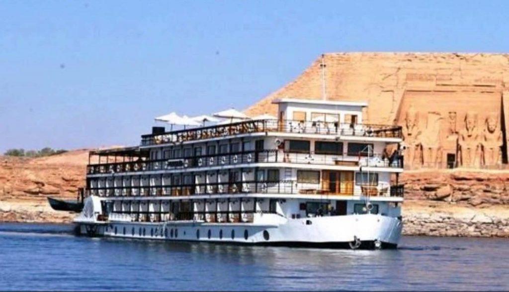 Nile Cruise Aswan & Luxor 4-Day 3-Night