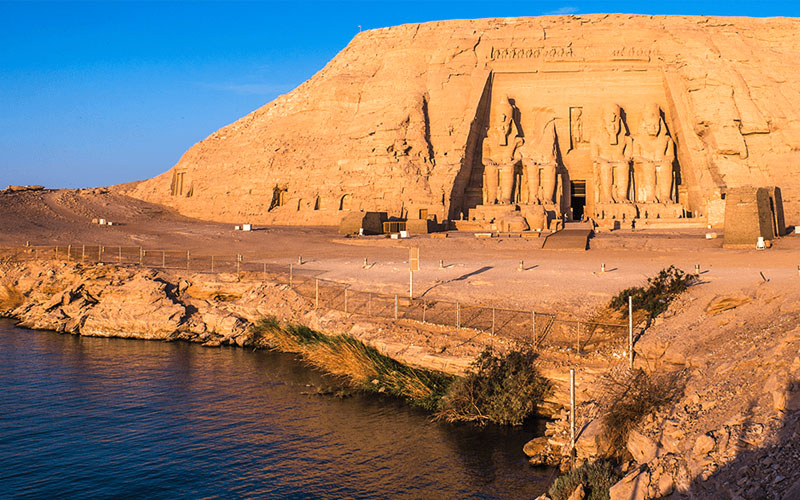 the most affordable 1-day tour Abu Simbel by vehicle
