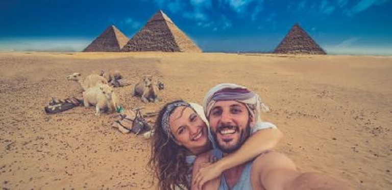 Hurghada Day Trip to Cairo by Private Car